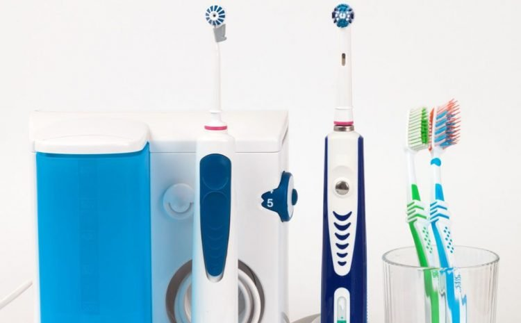 How Could You Choose The Best Toothbrush For You? Tips From A Dentist